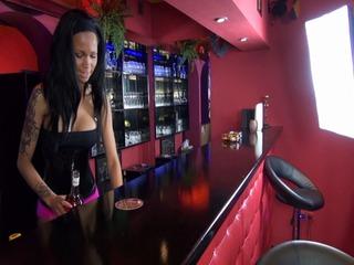 Mein erster Tag als Barfrau
