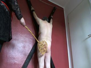 Fetter Sklave wird bestraft 2